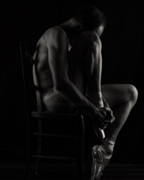 shooting modèle homme nu masculin artistique photo-thérapie photothérapie danse chausson ballerine